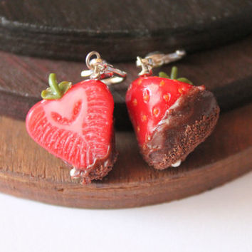 Strawberry charm, handmade with polymer clay, miniature food jewelry handmade jewelry spring decorations spring ornaments handmade miniature