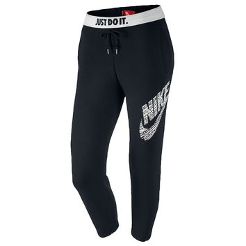 Nike Rally Logo Capris - Women's at Champs Sports