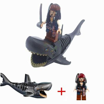 Mini Diy Small Bricks Animal Shark Pirates of the Caribbean Captain Jack Sparrow Compatible with Legoingly Block Bricks Toys
