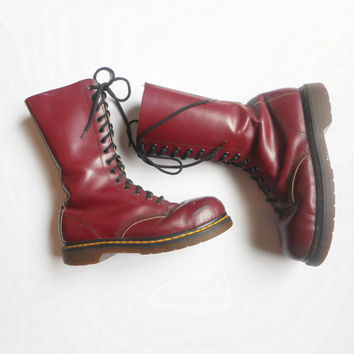 Vintage Doc Martens 14 Hole Boots, US Women size 9, US Men Size 7, UK 5, Steel Toe, Dr. Martens.