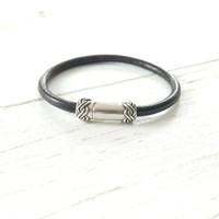 Black Leather Bracelet / Minimalist Leather Stacking Bracelet / Boho Bracelet for Women / Rope Leather / Leather Jewelry / Gifts for Her