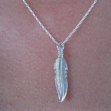 Silver feather necklace , dainty necklace , feather necklace , minimalist jewelry , everyday necklace , bohemian necklace