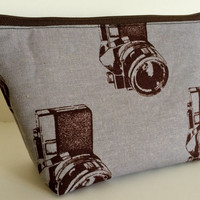 Medium Vintage Camera Cosmetic Bag Makeup Pouch Gadget bag