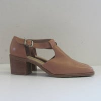 vintage 90s nude leather shoes // chunky heel shoes / women's size 10