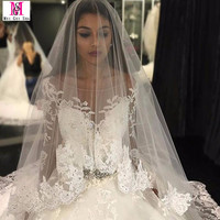 2017 Luxury Wedding Dress Princess Sheer Scoop Neckline Ball Gown Applique Lace Wedding Dresses Long Sleeve Bridal Gown