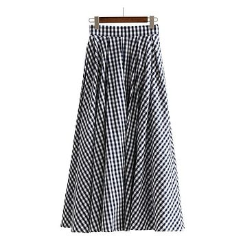[EAM] 2017 New Autumn High Waist Loose Small Plaid Loose Big Size Half-body Skirt Women Fashion Tide All-match JC06605M
