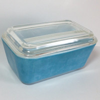 Pyrex Primary Blue Refrigerator Dish 502 with lid Perfectly worn