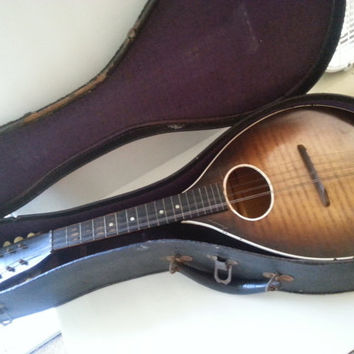 Vintage Mandolin, 1960's Musical Instrument, 8 String Instrument, Instrument Decor, Fender Picks