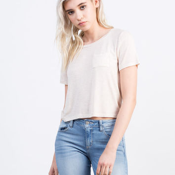 Lightweight Pocket Cropped Tee
