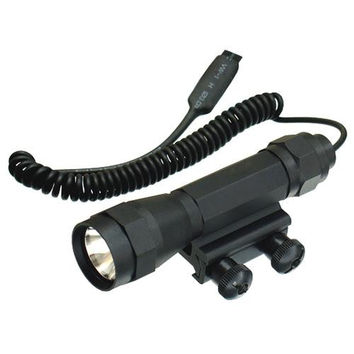 UTG Combat Xenon Weapon Light with Integral Mount, 95lumens, Black