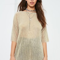 Missguided - Gold Pleated Metallic T Shirt