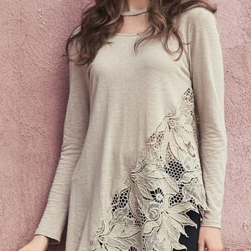 Monoreno Floral Crochet Lace Top w/ Choker - Taupe