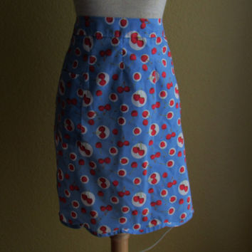 13-0718 Vintage 1990s Half Apron With Scalloped Edge Blue Apron with Red Cherries