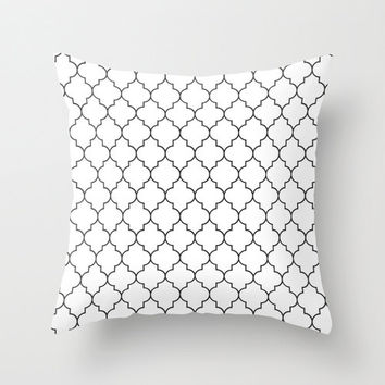 Black Quatrefoil Pillow - Black and White Pillow Cover - Black and White Throw Pillow - Quatrefoil - Teen Pillow - Girls Pillow - Velveteen
