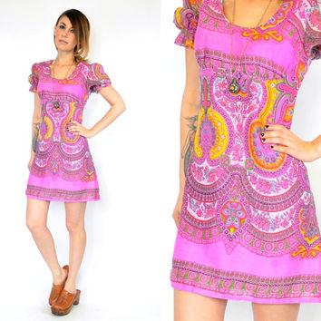vintage 1960s PYSCHEDELIC bohemian hippie BABYDOLL mini dress w/puff sleeve, extra small-small