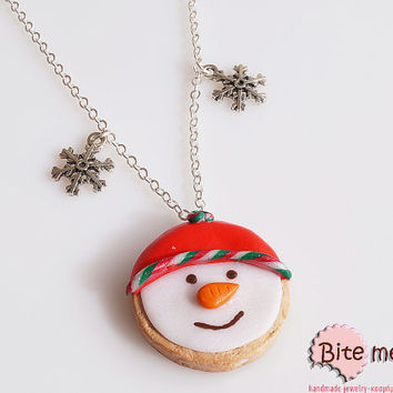 Food Jewelry Snowman Biscuit, Miniature Food, Polymer clay Sweets, Mini Food Jewelry, Foodie Gift, Dollhouse Food Miniature, Short Necklace