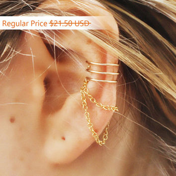 Sale - Ear Cuff, Triple Ear Cuff and Chain, Gold Filled Ear Cuff, 3 Ring Ear Cuff,Helix Ear Cuff,Triple Ear Cuff,Ear Cuff, Ear Cuffs, Earcuf
