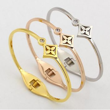 Louis Vuitton LV Stylish Ladies Men Rhombic Shape Flower Plants Single Diamond Titanium Plated Bracelet Couple Bracelet(3-Color)