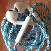 MyBuds Wrapped Tangle-Free Earbuds for iPhone | Tiffany Blue | with Microphone and Volume Control