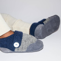 Baby Boy Cashmere Shoes, Baby Girl Cashmere Slippers, Wool Toddler Slippers, Eco-Friendly and Handmade.Sizes: 0-12M, 6-18M & 12-24M.Blissful