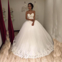 Sleeveless Ball Gown Bridal Wedding Dress with Pearled Neckline Size 2 4 6 8 10