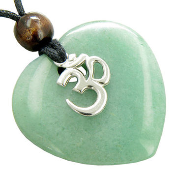 Magic Heart Om Green Quartz Gem Money Talisman Pendant Necklace
