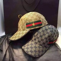 VONE055 GUCCI Little Bee Embroidery Cap Hat