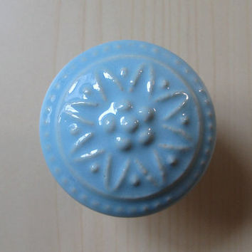 Ceramic Knobs / Dresser Knobs / Drawer Knobs Pulls Handles Light Blue / Decorative Knobs /  Kitchen Cabinet Knobs Handle Pull Porcelain Knob