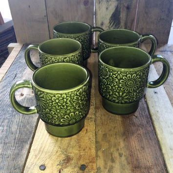 Set of Five (5) Vintage 1970s Retro Forrest Green Stack-able Coffee Mugs Floral Design / Green Stoneware Mugs / Made in Japan