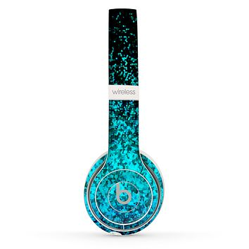 The Black and Turquoise Unfocused Sparkle Print Skin Set for the Beats by Dre Solo 2 Wireless Headphones