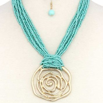 Cut Out Flower Pendant Beaded Chunky Necklace