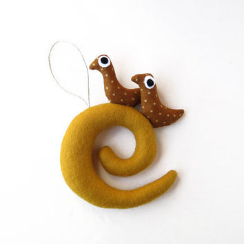 Christmas ornament Overcase Letter E with birds Felt by Intres
