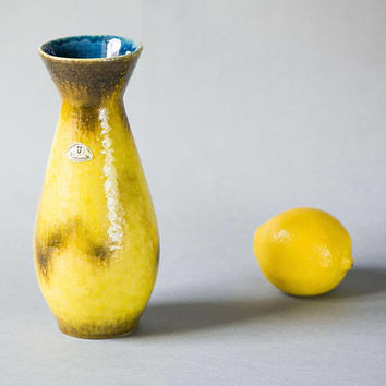 Vintage Ü Keramik vase lemon yellow, Üebelacker Keramik W Germany vase 432 20, minimalist pottery vase ceramic modern decor collectable gift