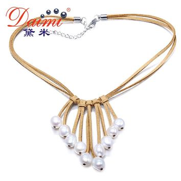 DAIMI 9-10mm Baroque Pearl Necklace White Color & Leather Women Necklace