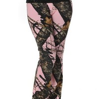 Mossy Oak Break Up® Script Lounge Pants | Girls with Guns Clothing