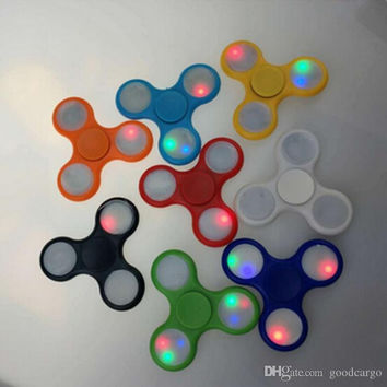 LED Light Up fidget spinner Flash Hand Spinner Luminous Handspinners EDC Triangle Finger Tip Spinning Top Colorful Decompression Toys Best