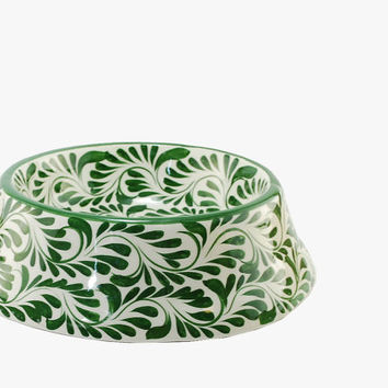 Green leaf ceramic dog bowl - Forest green pet bowl - Talavera pet bowl - Rustic green forest decor