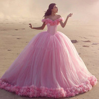 Sexy Pink Tulle Quinceanera Dresses 2016 Vestido Debutante Off The Shoulder Ball Gown Quinceanera Dress Cloud Sweet 16
