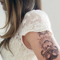 Temporary Tattoo Hissing Cat and Snake Mirrored Print