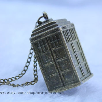 Doctor Who Tardis NEcklace -Tardis Jewelry 3d hollow Police Box