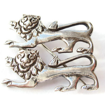 Vintage sterling silver brooch, two lions, heraldic jewellery, lions passant guardant, medieval style, coat of arms, 1910s or 1920s, #263.