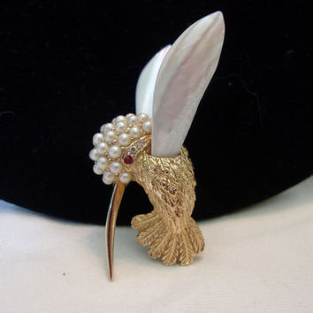 Boucher HummingBird Brooch Mother of Pearl Glass Rhinestone Gold Plate Vintage Pin