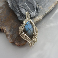 Labradorite Sterling Wire Wrapped Pendant, Intricate Wire Wrap, Unique Necklace