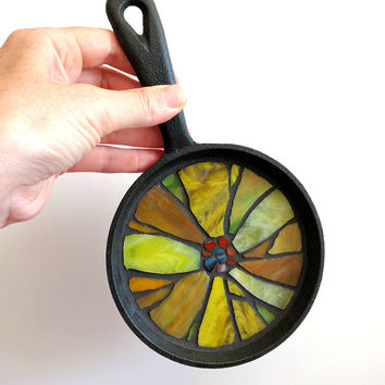 Sunflower Coaster, Stained Glass Sunflower Mosaic Hot Pot Trivet, Repurposed iron skillet pan Kitchen Sunflower Decor