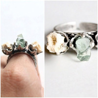 Three Prong Raw Sea Coral Adjustable Ring With Broken Sea glass