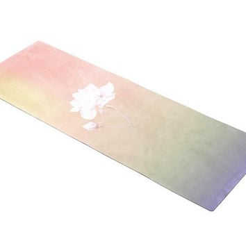 High temperature suede yoga mat manufacturers to support customized bottom is natural rubber high quality comfortable yoga mat
