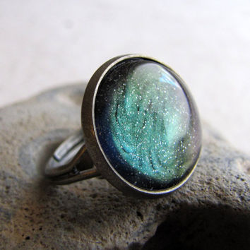 Northern Lights Glitter Ring in Antiqued Silver