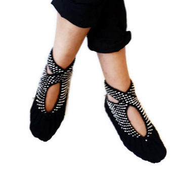 Black, Hand knit women house slipper, with grey beads, Traditional Turkish Design, Home Slippers, Womens crochet shoe