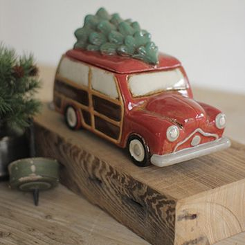 Cookie Jar Winter Wagon