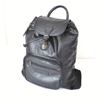 oversized leather backpack / vintage 90s GRUNGE minimalist PVC vegan black leather slouchy book bag PACKSACK